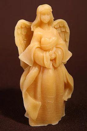bougie figurine ange en cire d'abeille